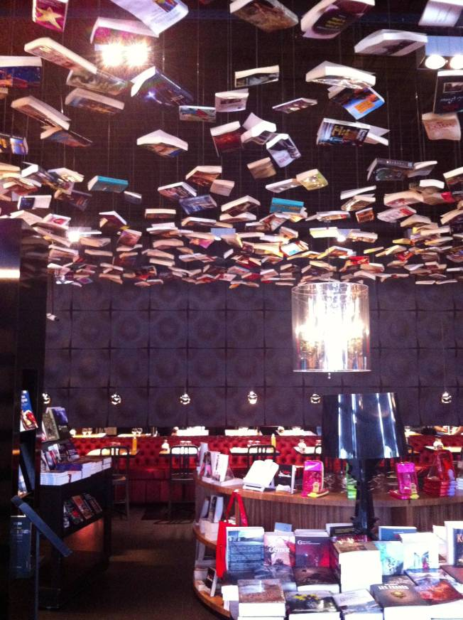 "Restaurante-Librería ""Roman"" en Cook&Book (Bruselas)"