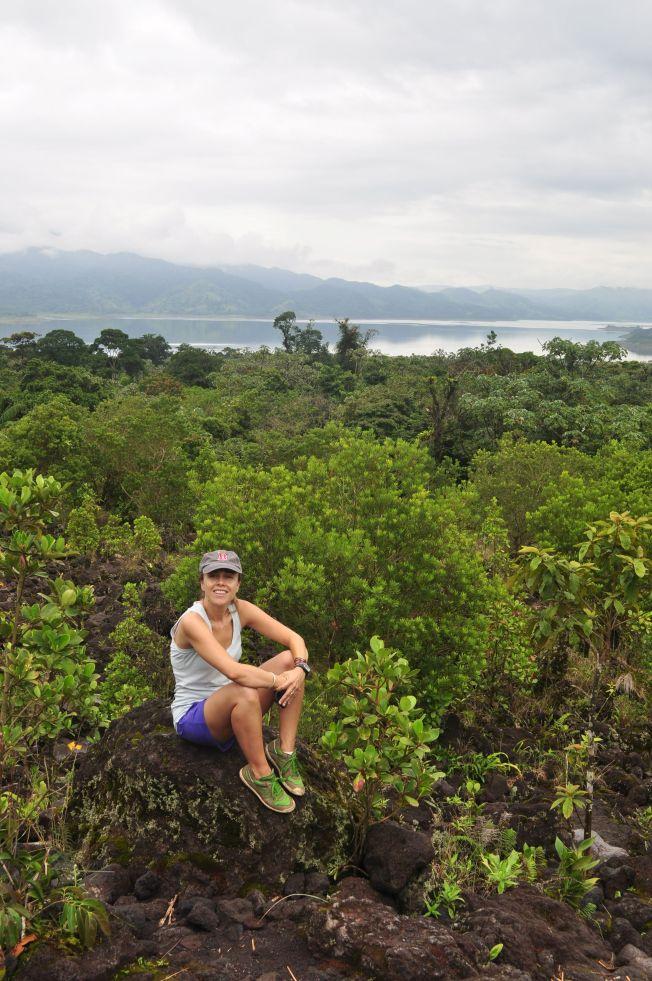 Vista de la Laguna Arenal desde el Volcán. Costa Rica