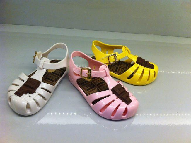 Colección de calzado Melissa para niños. São Paulo